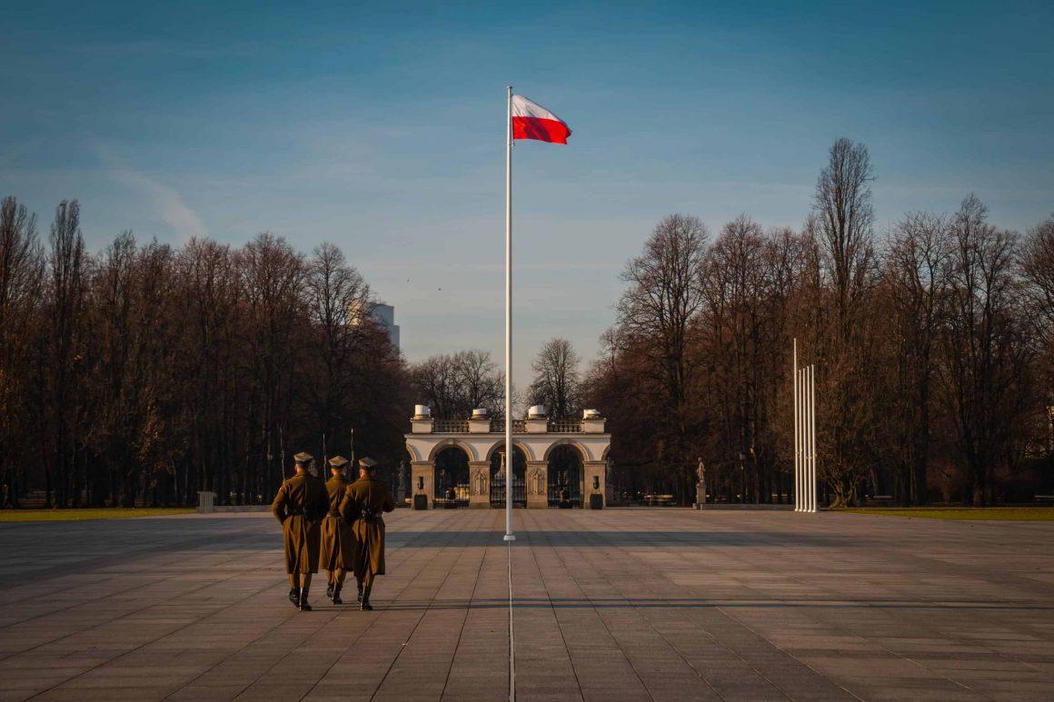 Польша продлила закрытие границ