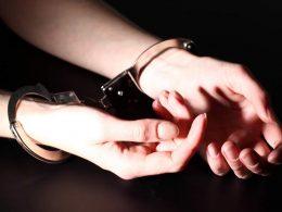В Польше 13-летнюю украинку обвинили в краже и заковали в наручники