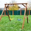 Украинку задержали за кражу детских качелей