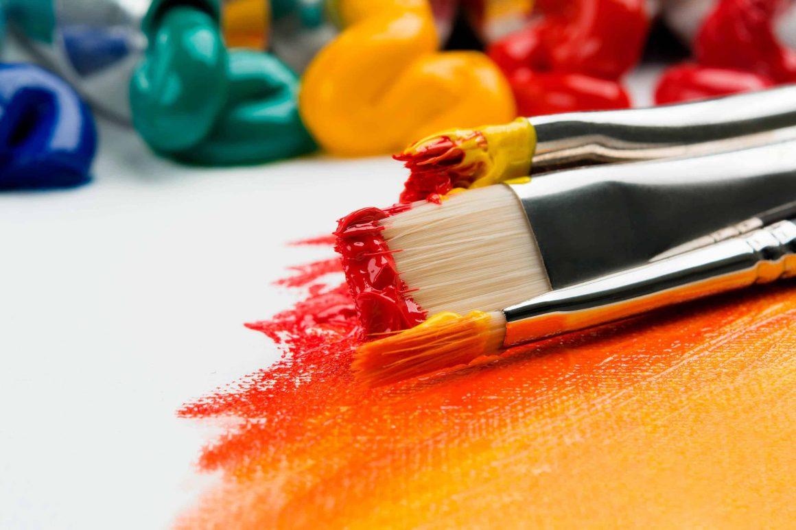 Каждую неделю у всех желающих будет возможность познакомиться с работами молодых талантливых творцов, а также приобрести картины напрямую у авторов. Помимо этого, в Centrum Praskiego Koneser будут организовывать вернисажи и встречи с художниками.
