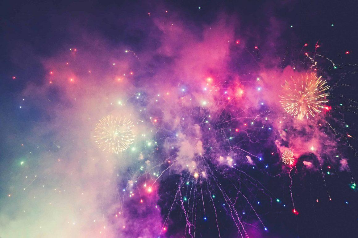 Впервые за много лет, Новый год в Варшаве пройдёт без праздничного концерта. Причиной тому послужила, конечно же, пандемия. Однако, Столичная Эстрада уверила, что готовит сюрприз для жителей Варшавы.
