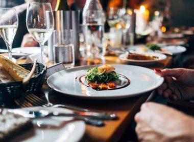 Правительство планирует открыть тренажёрные залы и рестораны в феврале