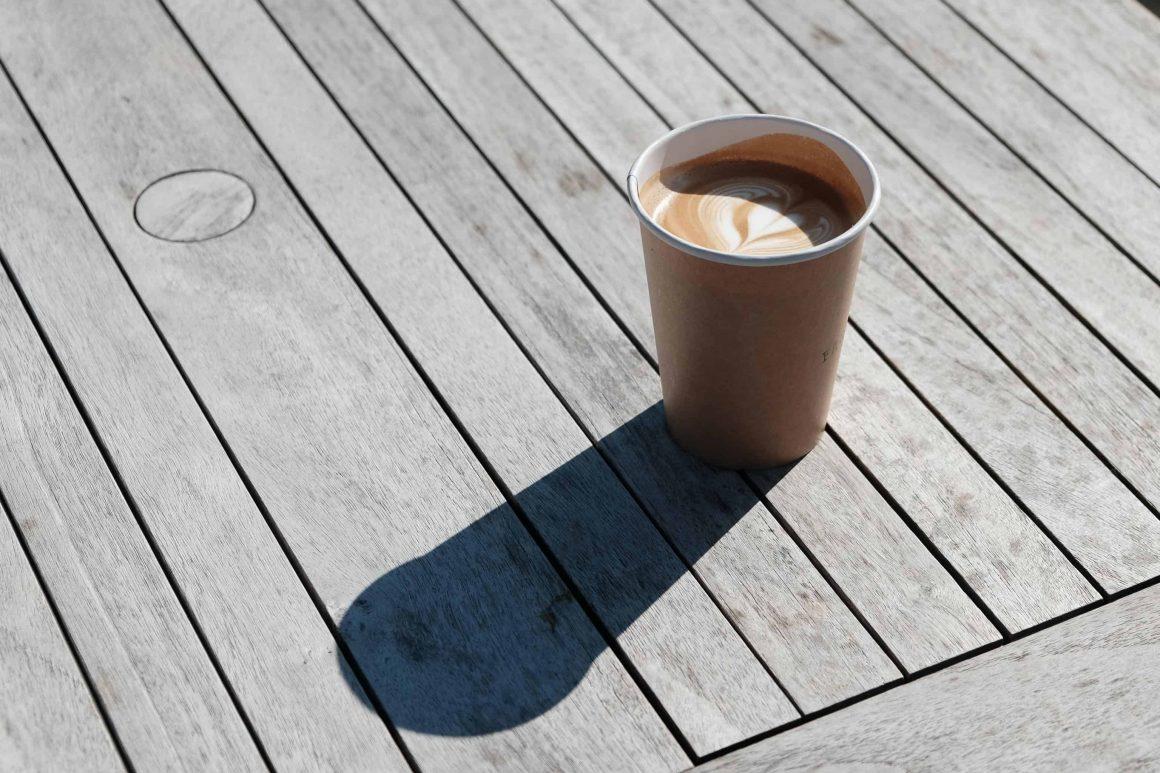 Варшавские кофейни при поддержке системы Take!Cup вводят стаканы с залоговой стоимостью. Как это работает?