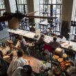 Ресторан Der Elefant в Варшаве теперь будет обслуживать только привитых, переболевших и людей с тестами