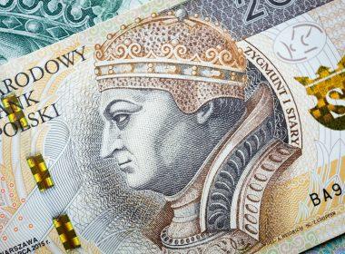 ZUS назвал самую большую и самую маленькую пенсию в Польше.