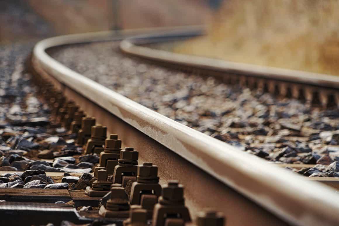 Украинская железная дорога сообщила о возобновлении международных пассажирских рейсов в Польшу с 10 октября.